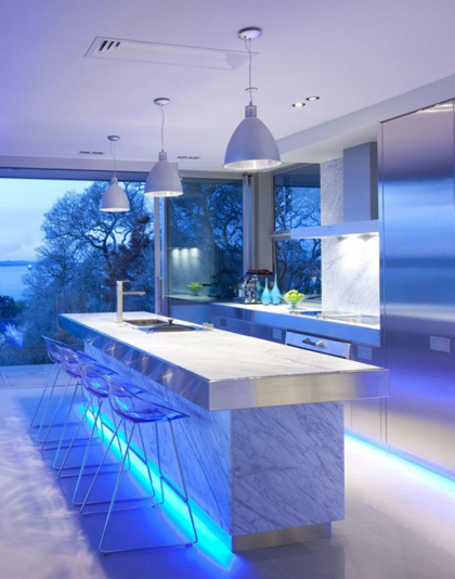 Design-Kitchen-a-Contemporary-with-nuance-blue-so-beautiful-588x748