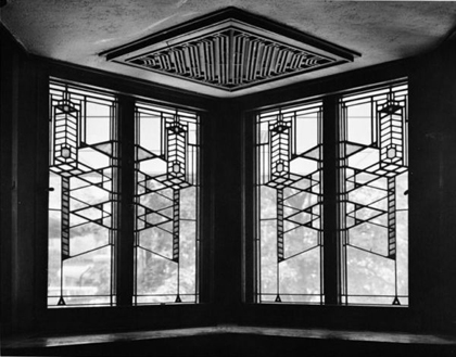 frank-wright-RobieHouseWindows_ChicagoIL