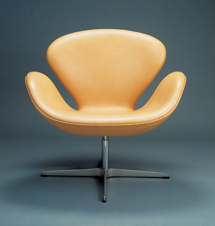 Jacobsen_The_Swan_chair