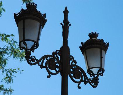 Lamp-post-Seville-e1318375653119