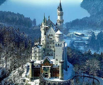 Schloss-Neuschwanstein-im-Winter