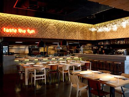 BarQue-restaurant-by-K-studio-Athens