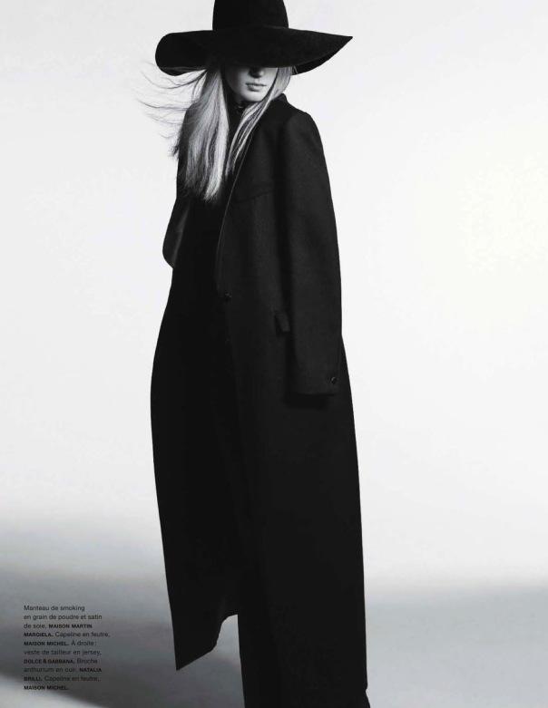 la-modella-mafia-Julia-Nobis-x-Numéro-139-December-2012-January-2013