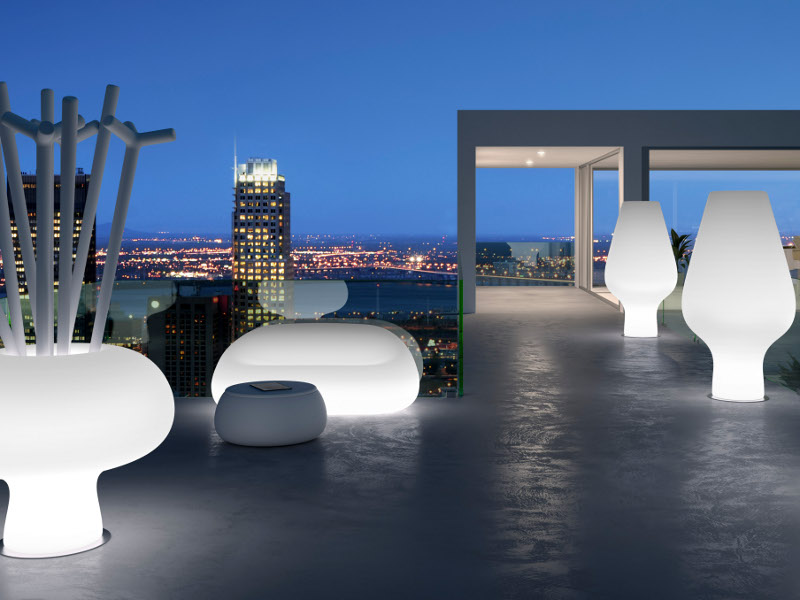 Polyethylene-Lighting-by-Plust-outdoor-lighting